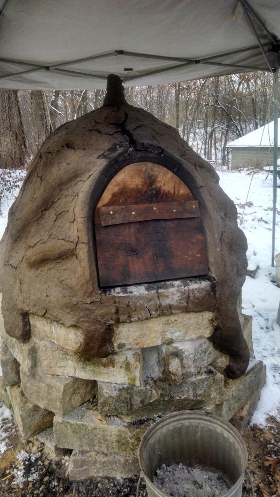 A complete cob oven.